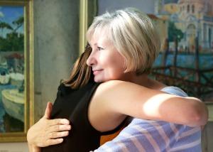 hugs-1613208_1920